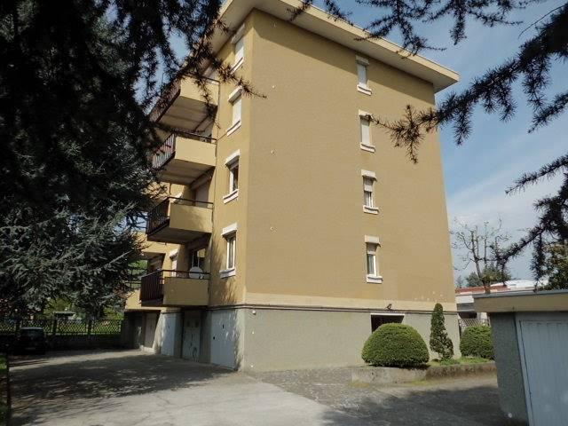 Appartamento in vendita a Correzzana, 2 locali, prezzo € 105.000 | CambioCasa.it