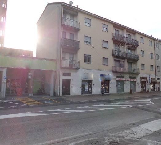Appartamento in affitto a Arcore, 2 locali, prezzo € 600 | CambioCasa.it