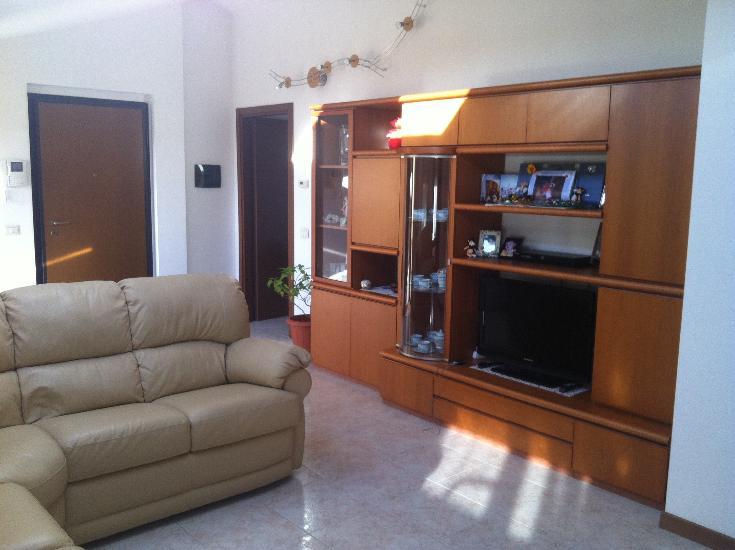 Attico / Mansarda in vendita a Villa Cortese, 3 locali, prezzo € 169.000 | Cambio Casa.it