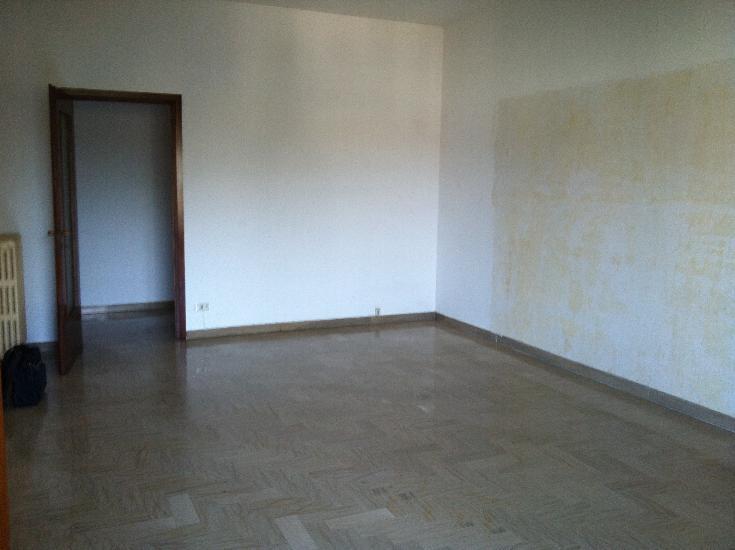 Appartamento in vendita a Dairago, 3 locali, prezzo € 99.000 | Cambio Casa.it