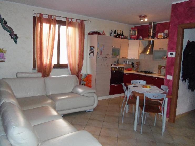 Soluzione Indipendente in vendita a Busto Garolfo, 3 locali, prezzo € 150.000 | Cambio Casa.it