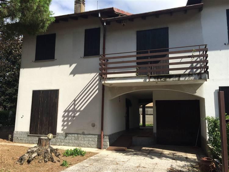 Villa in Vendita a Busto Garolfo