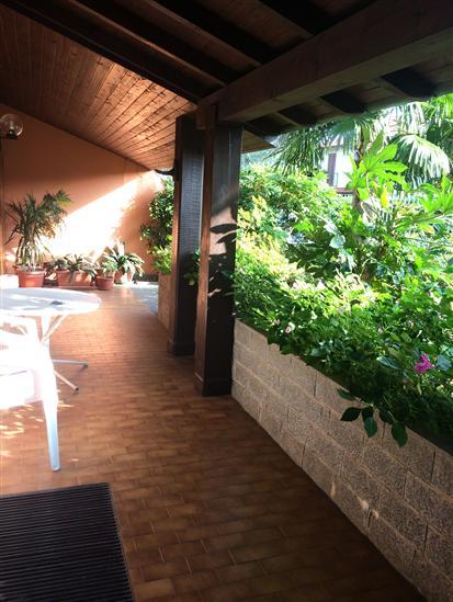 Villa in vendita a Arconate, 3 locali, prezzo € 349.000 | CambioCasa.it