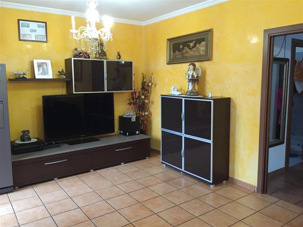 Villa in vendita a Dairago, 5 locali, prezzo € 263.000 | Cambio Casa.it