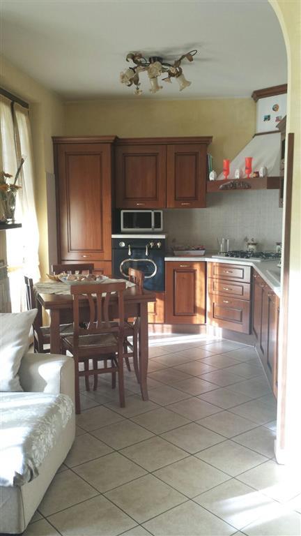 Appartamento in vendita a Dairago, 3 locali, prezzo € 150.000 | CambioCasa.it