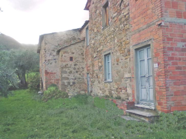 Rustico / Casale in vendita a Quarrata, 8 locali, prezzo € 650.000 | Cambiocasa.it