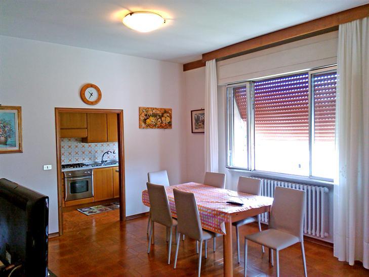 Attico / Mansarda in vendita a Agliana, 6 locali, zona Zona: San Piero, prezzo € 170.000 | Cambio Casa.it