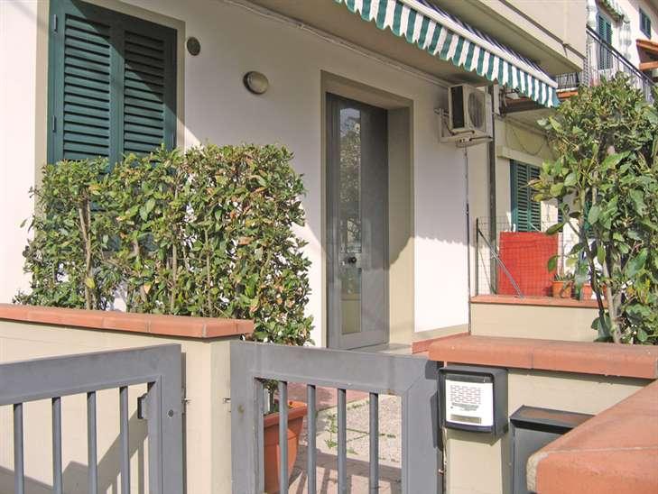 Soluzione Indipendente in affitto a Agliana, 3 locali, prezzo € 580 | Cambio Casa.it