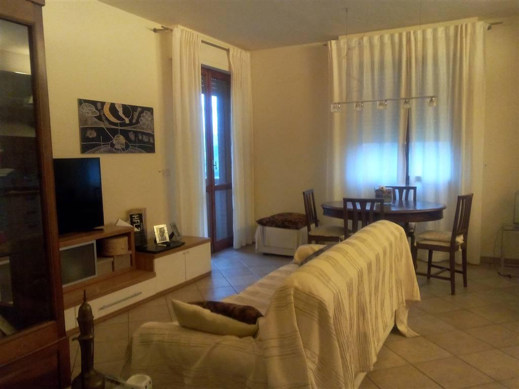 Appartamento in vendita a Montale, 5 locali, prezzo € 180.000   Cambio Casa.it