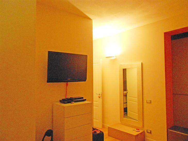 Appartamento vendita CARMIGNANO (PO) - 2 LOCALI - 65 MQ