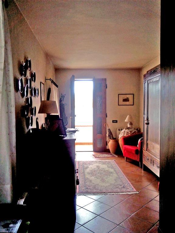 Soluzione Indipendente in vendita a Agliana, 5 locali, prezzo € 165.000 | Cambio Casa.it
