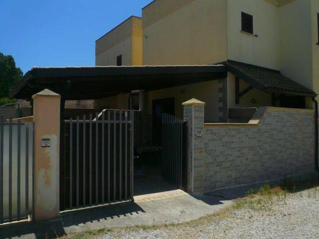 Villa in vendita a Manduria, 2 locali, zona Zona: San Pietro in Bevagna, prezzo € 65.000 | CambioCasa.it