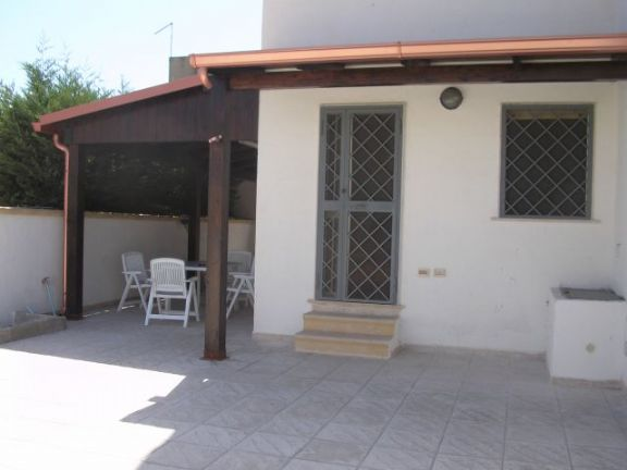 Appartamento in vendita a Manduria, 3 locali, zona Zona: San Pietro in Bevagna, prezzo € 69.000 | Cambio Casa.it