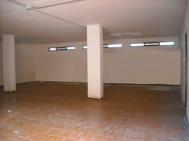 Magazzino in vendita a Capurso, 1 locali, prezzo € 100.000 | Cambiocasa.it