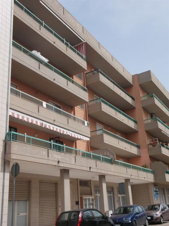 Appartamento in vendita a Turi, 3 locali, prezzo € 125.000 | CambioCasa.it