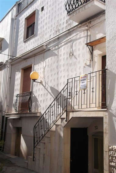 Soluzione Indipendente in vendita a Turi, 3 locali, prezzo € 50.000 | CambioCasa.it