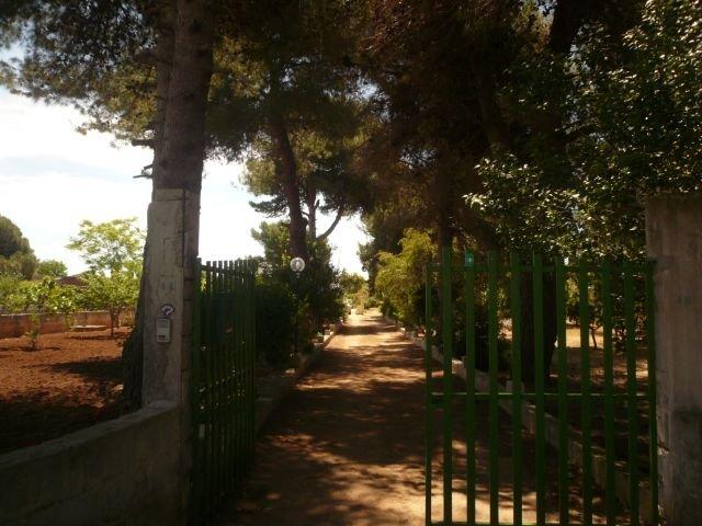 Villa in vendita a Manduria, 4 locali, zona Località: SAN PIETRO, prezzo € 80.000 | Cambio Casa.it