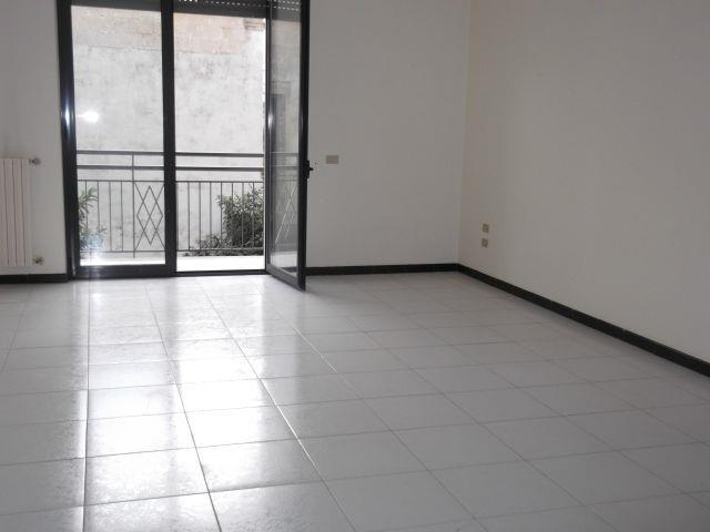 Appartamento in vendita a Turi, 3 locali, prezzo € 85.000 | Cambio Casa.it