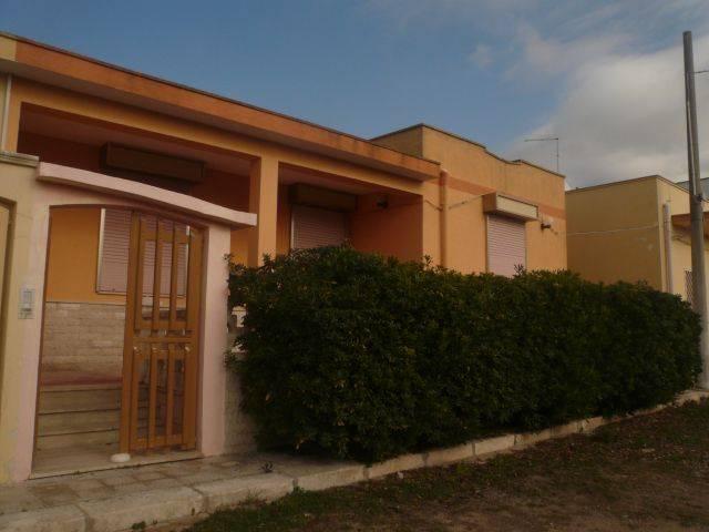 Villa in vendita a Manduria, 4 locali, zona Località: SAN PIETRO, prezzo € 90.000 | Cambio Casa.it