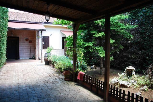 Villa a Schiera in vendita a Cassano delle Murge, 3 locali, prezzo € 90.000 | CambioCasa.it