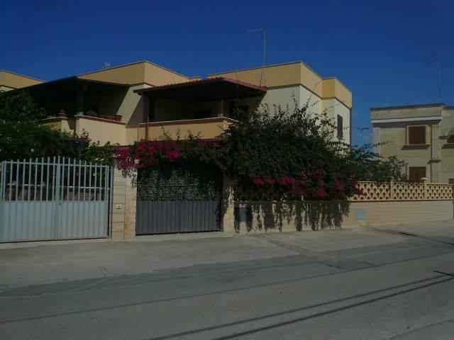 Villa in vendita a Manduria, 3 locali, zona Località: SAN PIETRO, prezzo € 150.000 | CambioCasa.it