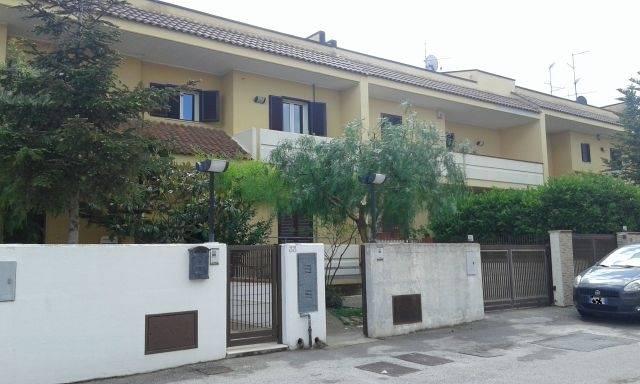 Villa-Villetta  in Affitto a Casamassima