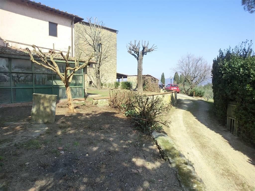 Rustico / Casale in vendita a Firenze, 4 locali, zona Località: PIAN DEI GIULLARI, prezzo € 545.000 | Cambio Casa.it