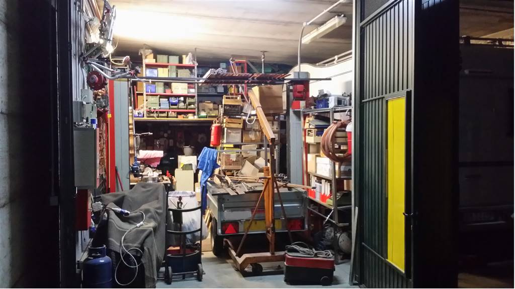 Laboratorio in vendita a Sesto Fiorentino, 2 locali, zona Zona: Canonica, prezzo € 120.000 | CambioCasa.it