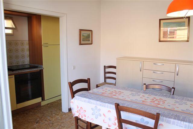 Appartamento in affitto a Castagneto Carducci, 3 locali, zona Zona: Marina di Castagneto Donoratico, prezzo € 290 | Cambio Casa.it