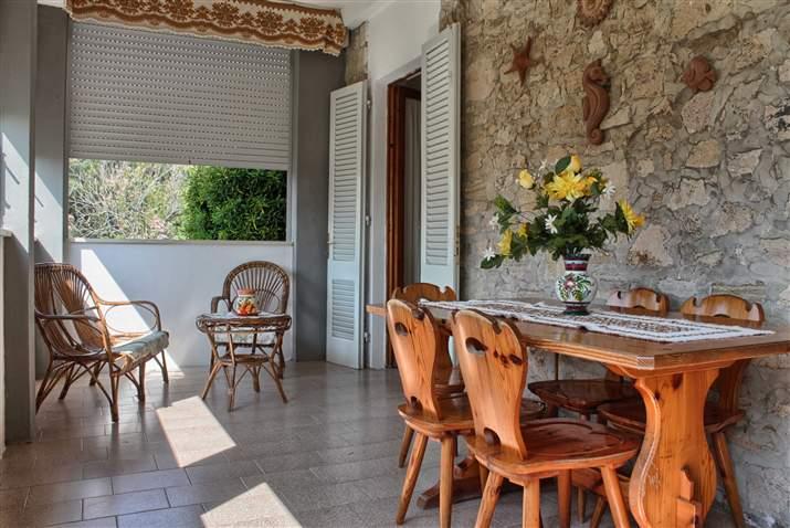 Soluzione Indipendente in affitto a Castagneto Carducci, 4 locali, zona Zona: Marina di Castagneto Donoratico, prezzo € 550 | Cambio Casa.it