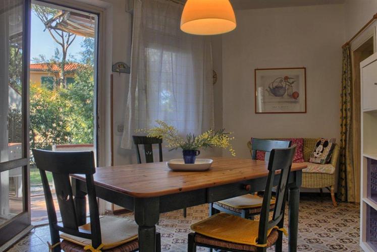 Appartamento in affitto a Castagneto Carducci, 3 locali, zona Zona: Marina di Castagneto Carducci, prezzo € 440 | Cambio Casa.it
