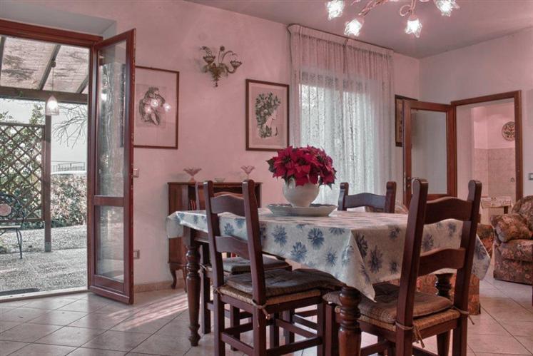 Appartamento in affitto a Castagneto Carducci, 4 locali, zona Zona: Marina di Castagneto Carducci, prezzo € 360   Cambio Casa.it