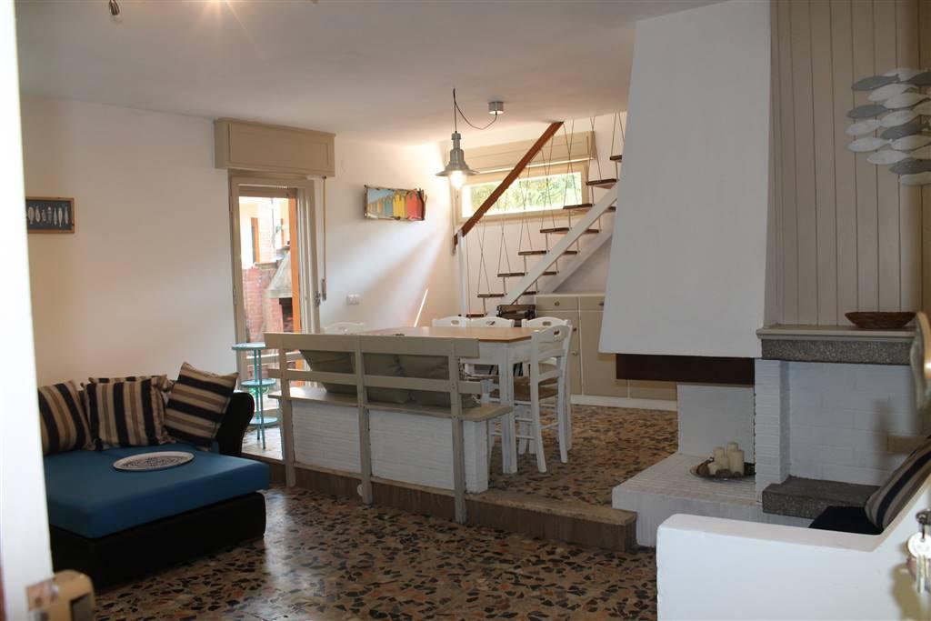 Villa in affitto a Castagneto Carducci, 4 locali, zona Zona: Marina di Castagneto Carducci, prezzo € 360 | Cambio Casa.it