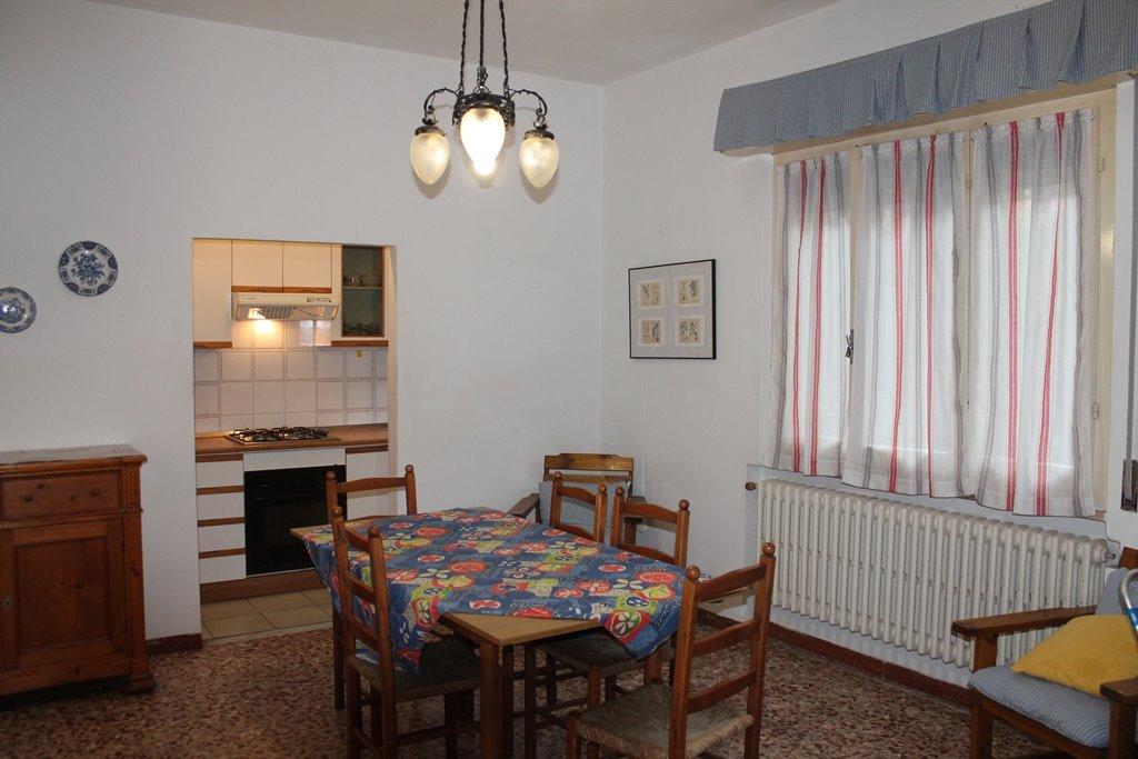 Villa in affitto a Castagneto Carducci, 4 locali, zona Zona: Marina di Castagneto Carducci, prezzo € 370 | Cambio Casa.it