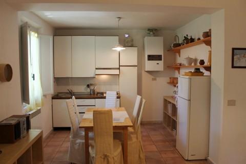 Appartamento in affitto a Castagneto Carducci, 3 locali, zona Zona: Donoratico, prezzo € 350   Cambio Casa.it