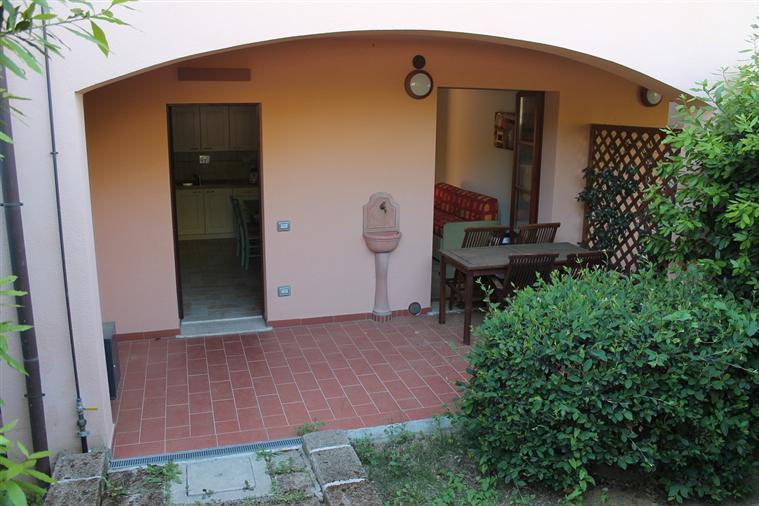Appartamento in vendita a Scarlino, 2 locali, zona Zona: Puntone, prezzo € 120.000 | Cambio Casa.it