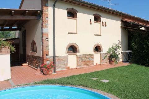Appartamento in affitto a Castagneto Carducci, 2 locali, zona Zona: Donoratico, Trattative riservate | Cambio Casa.it