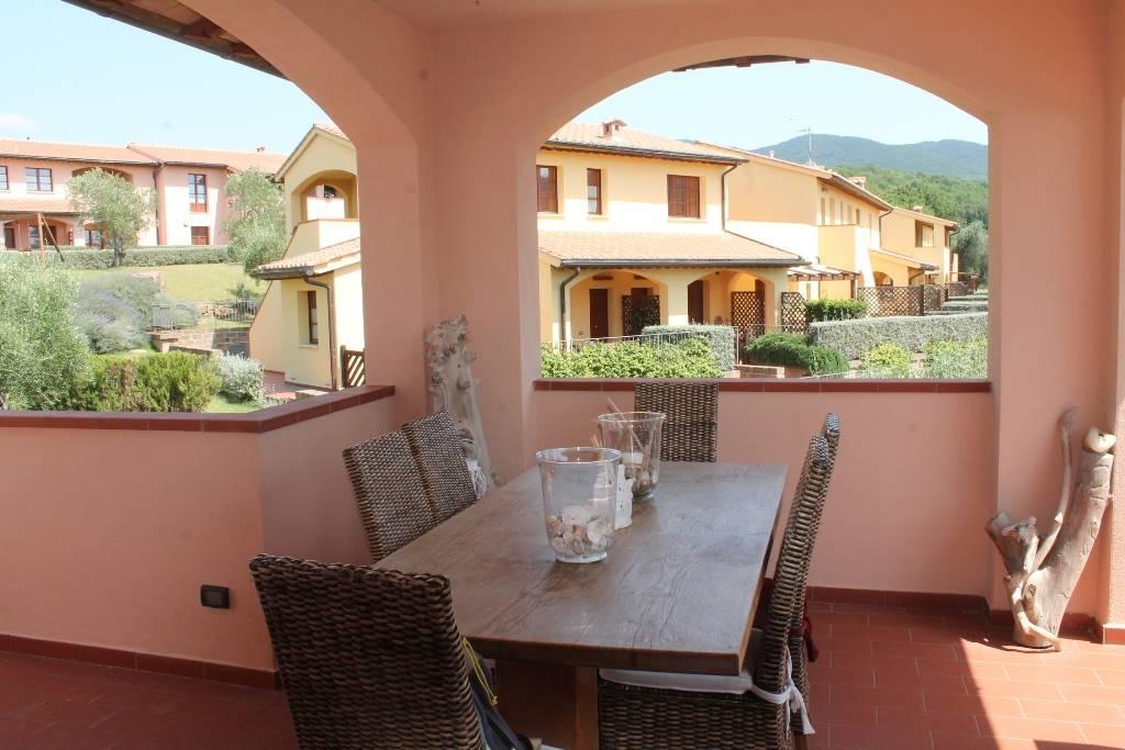 Appartamento in vendita a Scarlino, 3 locali, prezzo € 210.000 | Cambio Casa.it