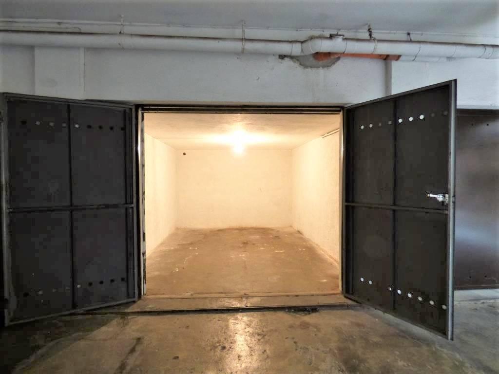 garage-Box-posto auto  in Affitto a Verona