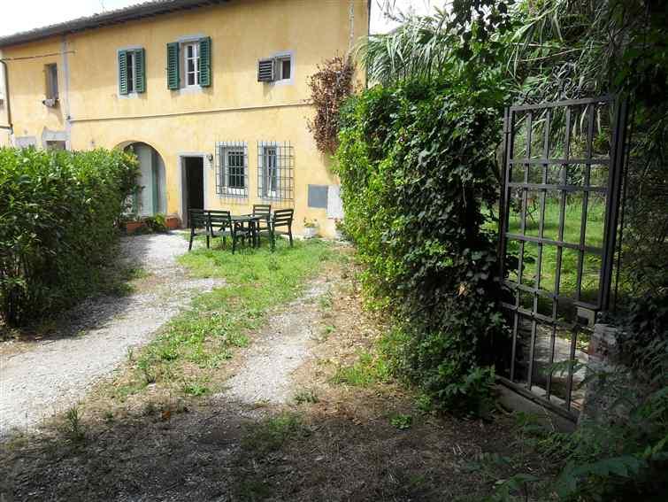 Appartamento in affitto a Sesto Fiorentino, 4 locali, zona Zona: Colonnata, prezzo € 800 | CambioCasa.it