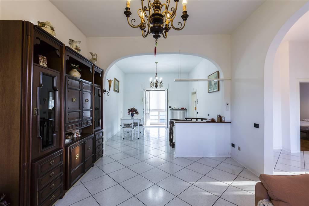 Villa in vendita a Sesto Fiorentino, 7 locali, zona Località: PADULE, prezzo € 439.000 | CambioCasa.it
