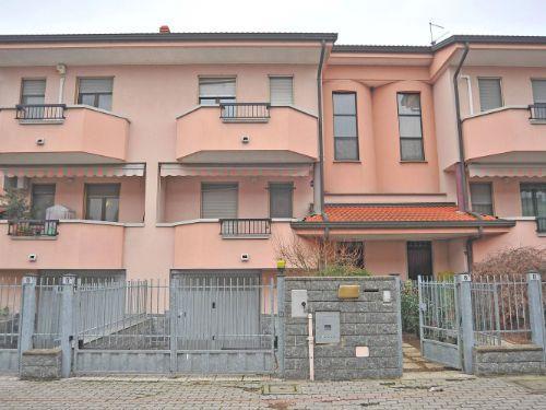 Villa-Villetta Vendita Trecate