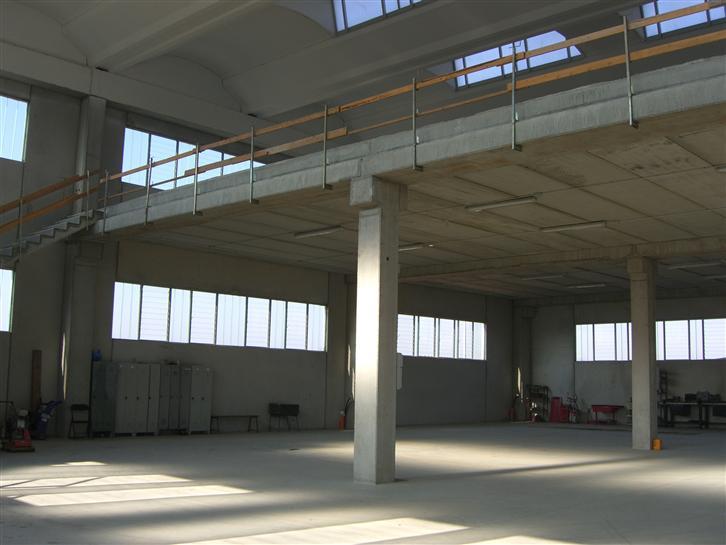 Case cerano compro casa cerano in vendita e affitto su for Case moderne industriali in vendita