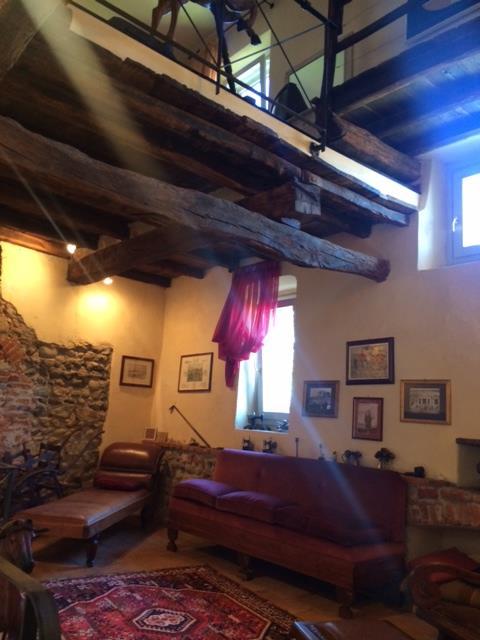 Palazzo-stabile Vendita Veruno