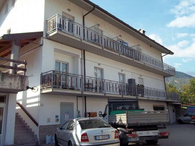 Appartamento in vendita a Aymavilles, 4 locali, prezzo € 119.000 | Cambio Casa.it