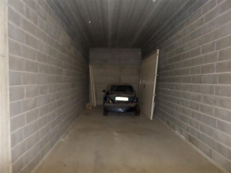 Box / Garage in vendita a Nus, 1 locali, prezzo € 37.000 | CambioCasa.it