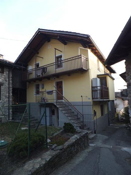 Villa in vendita a Quart, 5 locali, zona Zona: Villair, prezzo € 250.000 | Cambio Casa.it