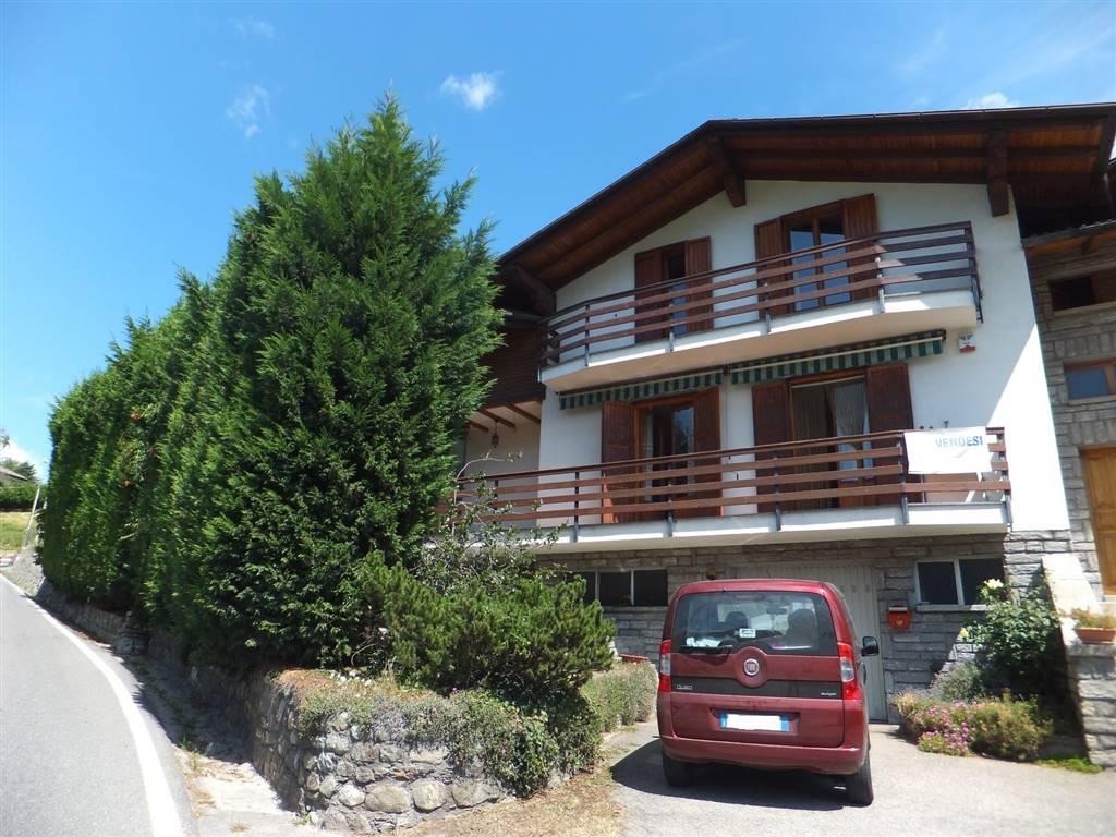 Villa in vendita a Saint-Christophe, 6 locali, prezzo € 330.000 | CambioCasa.it