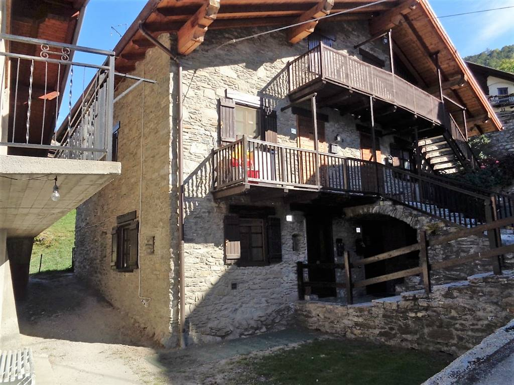 Soluzione Indipendente in vendita a Gressan, 3 locali, prezzo € 75.000   Cambio Casa.it