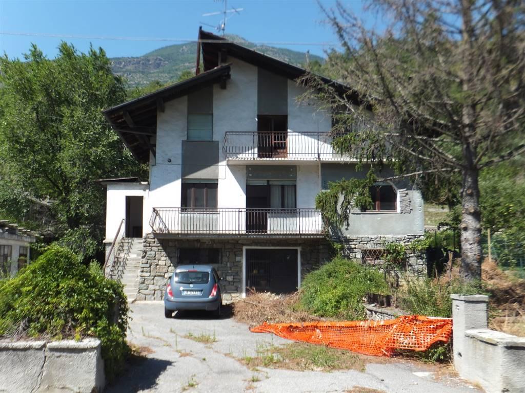 Villa in vendita a Quart, 10 locali, zona Zona: Villefranche (capoluogo), prezzo € 230.000 | Cambio Casa.it